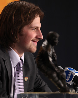 Blake Geoffrion became the first Wisconsin Badger to win the Hobey Baker Award. (photo: Joe Koshollek)