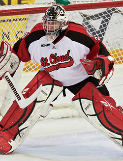 St. Cloud freshman Mike Lee was USHL Goaltender of the Year last season. (photo: Brad Olson)