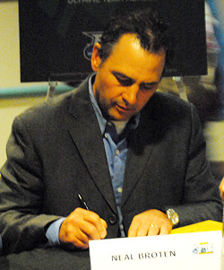 Neal Broten signing autographs at Friday\'s Frozen Four Fan Fest