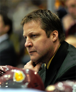 Scitt Sandelin is looking to lead the Bulldogs back to the Frozen Four for the first time sicne 2004.