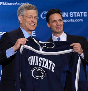 Guy Gadowsky (r.) stood with now-disgraced athletic director Tim Curley when Gadowsky was hired in April.