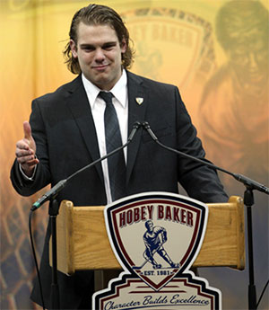 Drew LeBlanc after being named the Hobey Baker Award winner. (photo: Neil Ament)