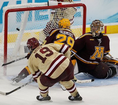NCAA: BC Throttles Minnesota, Advances To Frozen Four Championship