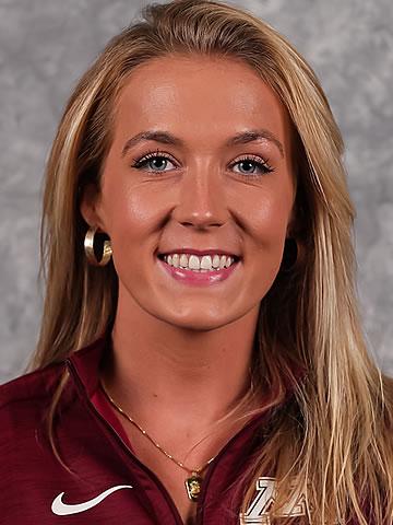 Olivia Arkell headshot