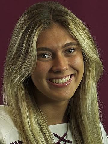 Hanna Baskin headshot