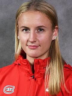 Jenniina Nylund headshot